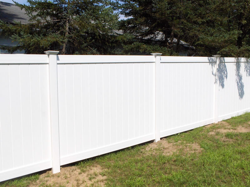 Western Massachusetts Fence company - L & L Fence Company - Fencing